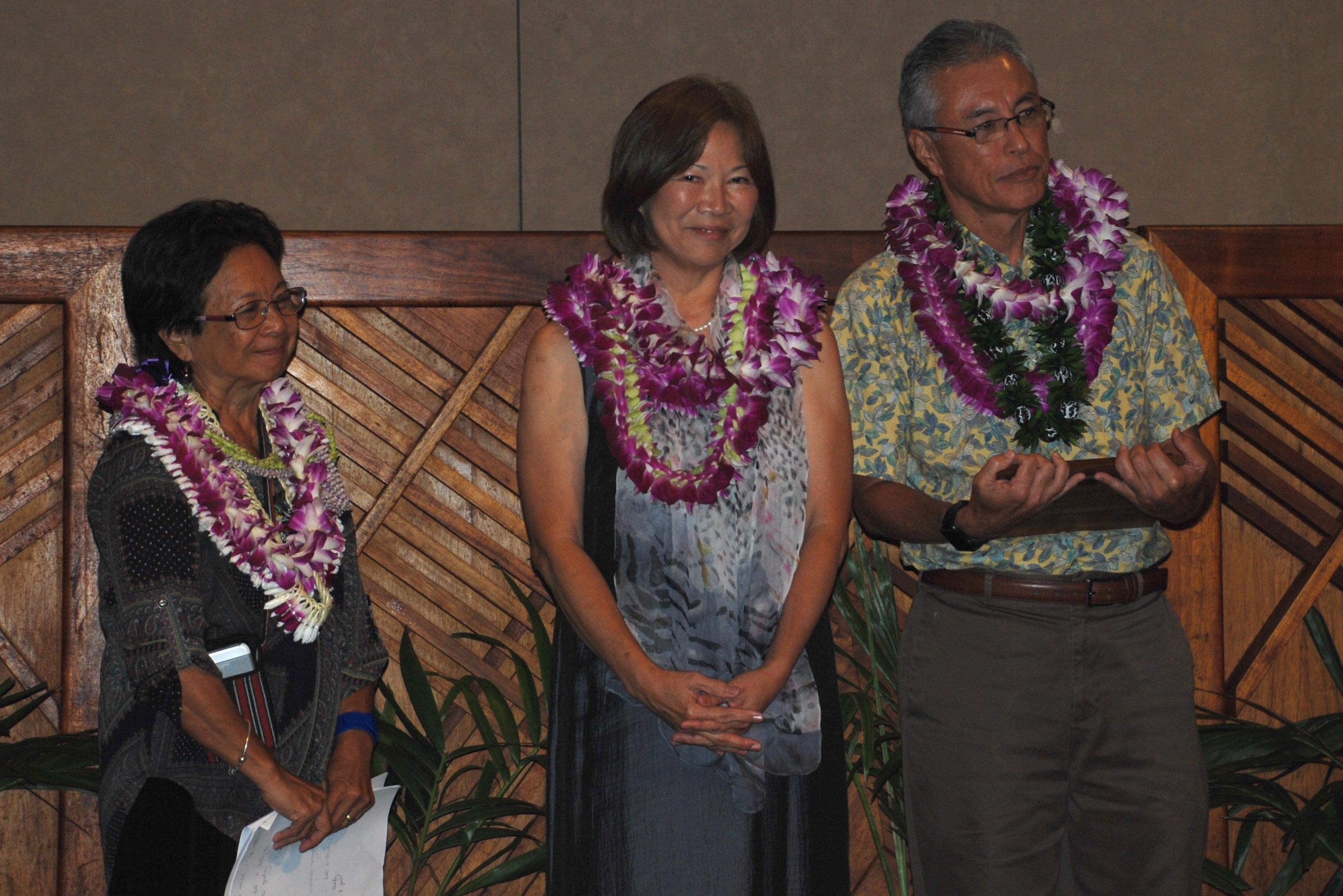 Photo of Dr. Warren Nishimoto and Michiko Kodama-Nishimoto