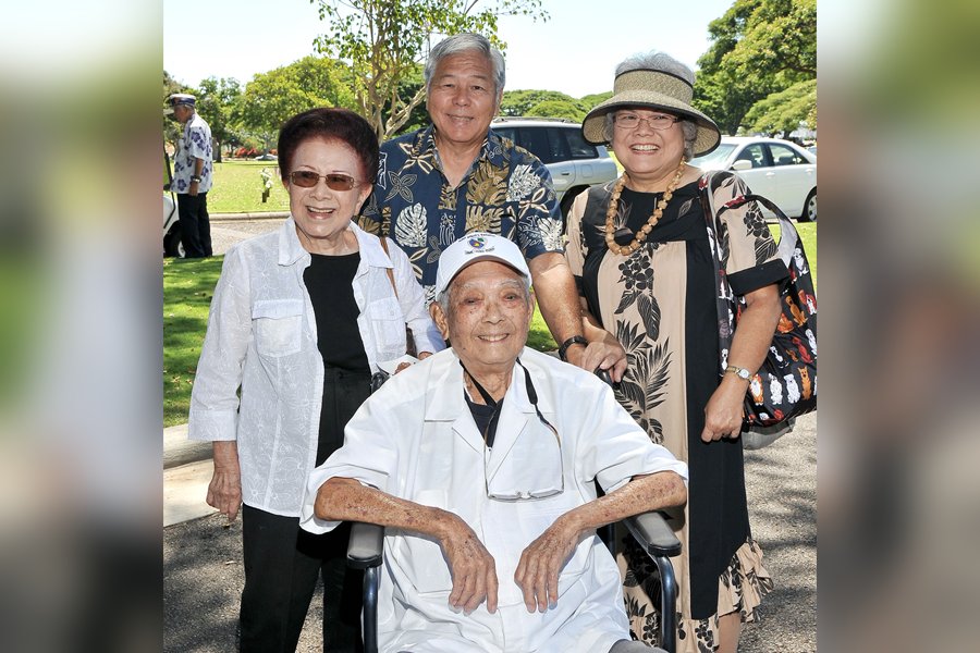 Bernard Akamine with his wife Jeanette (left), daughter Drusilla Tanaka and son-in-law Stanley Tanaka in September 2011 at the last memorial service he attended honoring AJA veterans. He died the following April. (Photo by Wayne Iha)