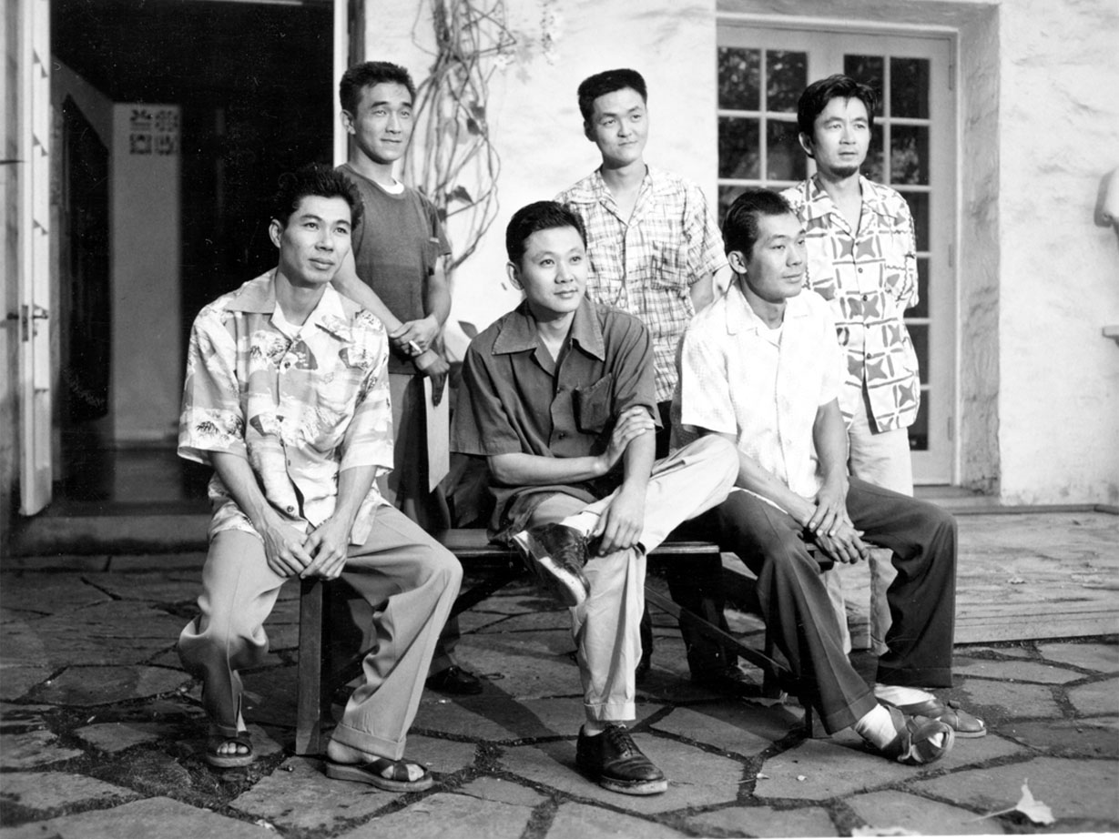 "The Metcalf Chateau group at the Honolulu Museum of Art in 1954. Pictured from left: Tetsuo ""Bob"" Ochikubo, Tadashi Sato, Satoru Abe, Edmund Chung (not featured in the exhibition), Jerry Okimoto and Bumpei Akaji. (Photo credit: Honolulu Museum of Art/Raymond M. Sato)"
