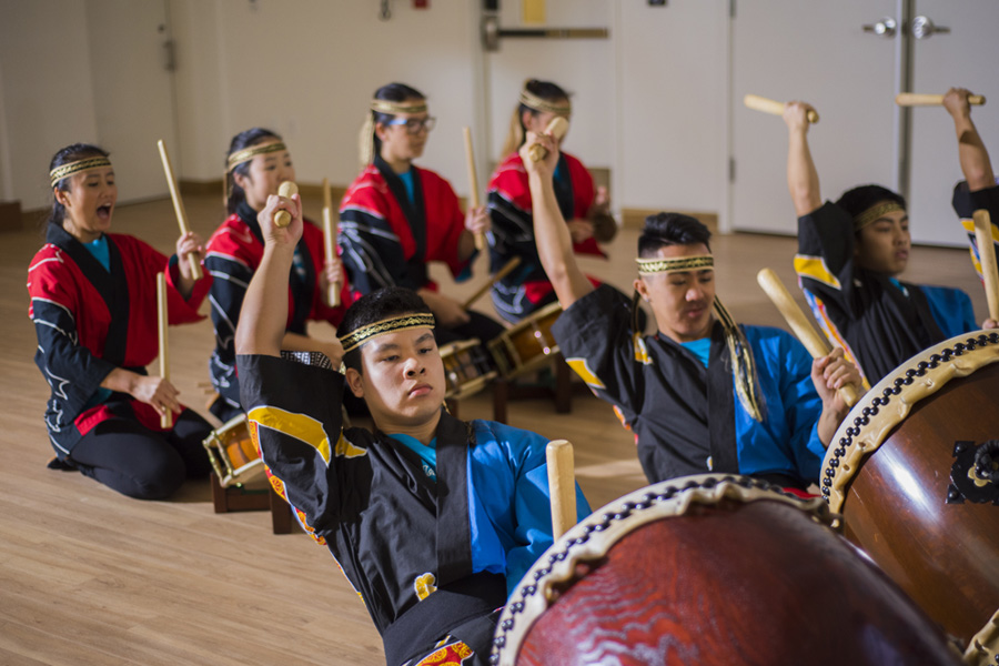 Photos of Taiko drummers of Pacific Buddhist Academy Taiko Festival