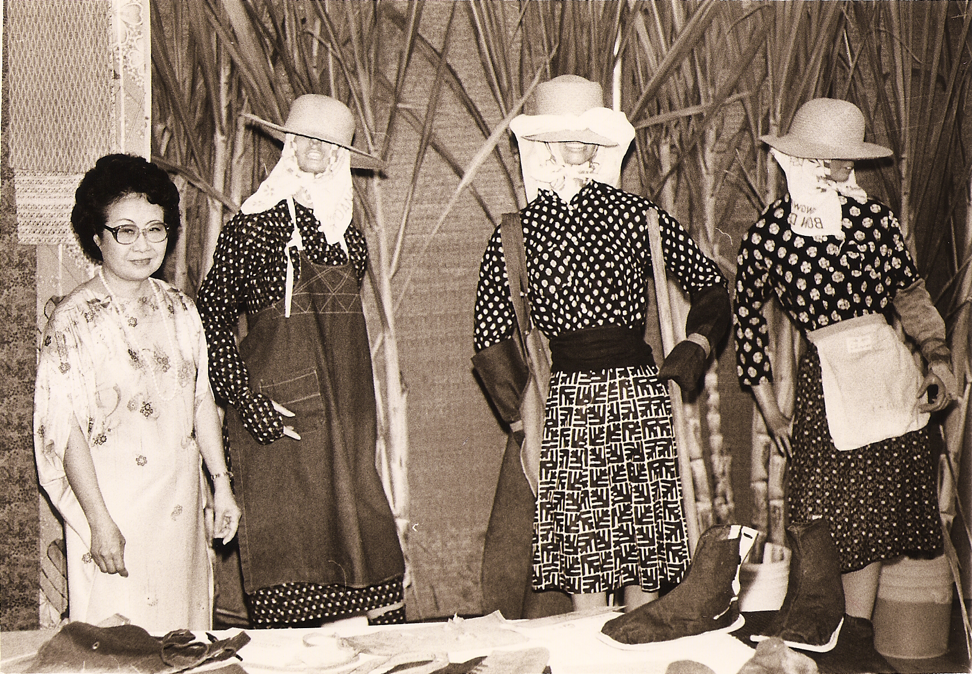 Barbara Kawakami with her collection of women's plantation clothing. (Herald archive photo)