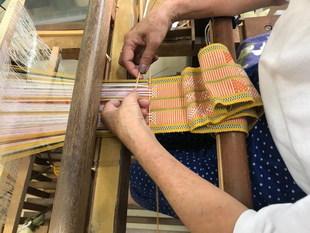 A close up of Matayoshi-san's weaving.