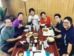 Jodie Ching enjoys lunch with fellow Yüshü-shö students. (From left): Bob Yonahara from Maui, Naomi Oshiro, Yoko Kaneshiro, Jodie Ching, Ryota Uehara from Okinawa and June Nakama. June took the Yüshü-shö test for Okinawan fue (flute).