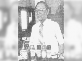 In this 1978 Photo by Honolulu Star-Bulletin photographer Terry Luke, Honolulu Sake Brewery president and general manager Shinzaburo Sumida celebrated the company's 70th anniversary. (From: Nov. 17, 1978, Honolulu Star-Bulletin)