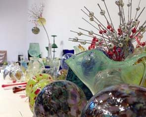 Ceramic glass on display for UH-Manoa's 2018 Holiday Sale