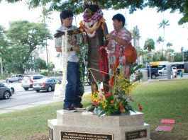 Artist Holly Young's statue of the late Patsy Takemoto Mink is draped with lei. (Photos by Kevin Kawamoto)
