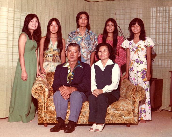 Yoshino and her husband Robert Seiyu Toguchi with their children — (from left) Karen, Alice, John, Elaine and Sharon.