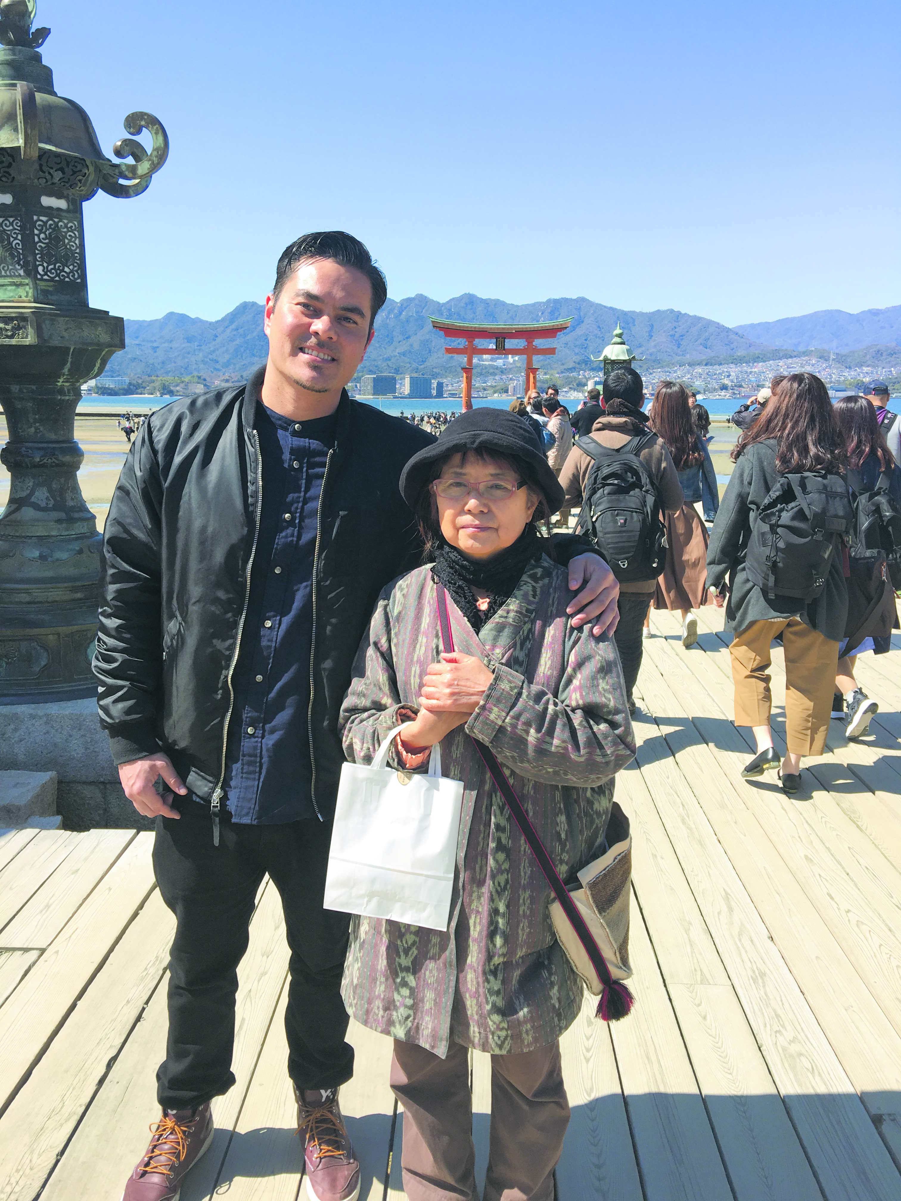 Pearce with his mother, Fumie Ushijima, who lives in Kumamoto, during a trip to Hiroshima in 2016.