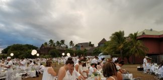 The 2019 Dîner en Blanc was held at the Bishop Museum on the Great Lawn. It was a spectacular sight of attendees all elegantly dressed in white. (Photos by Ryan Tatsumoto)