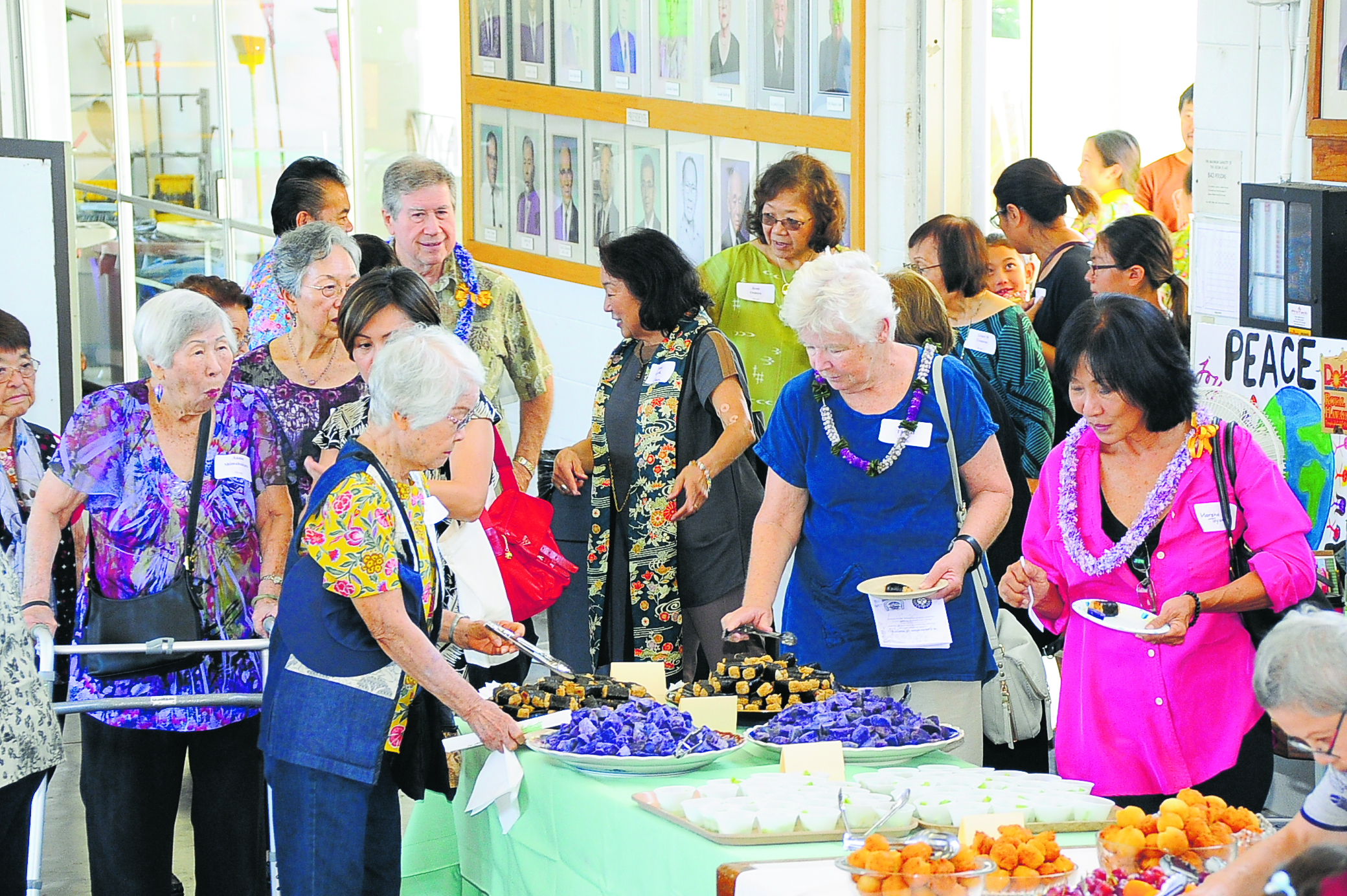 After the service, everyone was invited to enjoy the homemade refreshments that were provided in the Okinawa Memorial Hall adjacent to the temple. It was also an opportunity to enjoy the fellowship and to learn about the Okinawan Restaurant Project.