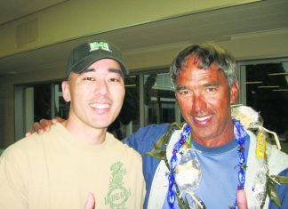 Colin Sewake with Hoküle'a navigator Nainoa Thompson in 2007. (Photos courtesy Colin Sewake)