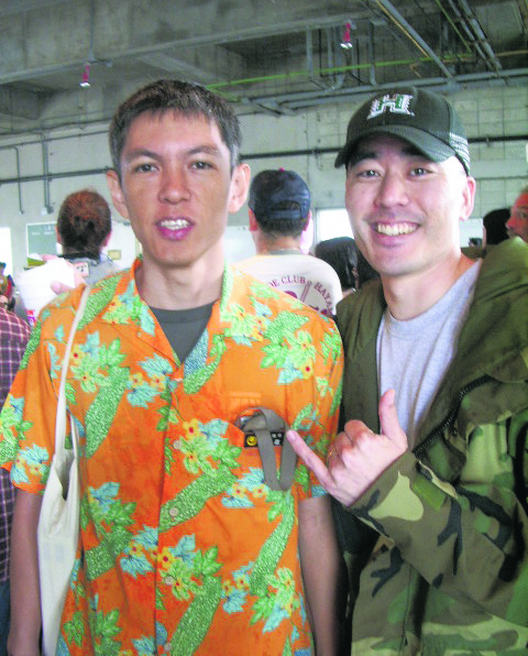Colin Sewake and Miyagi-san, who headed the planning for Hoküle'a's 2007 arrival for the Okinawa Prefectural Government.