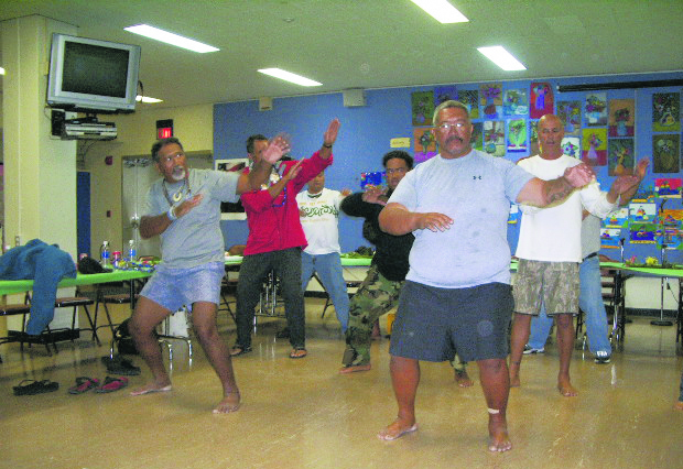 Hoküle'a crew members perform a haka for their guests.