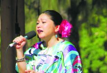 Rimi Natsukawa performing at the 2017 HUOA Okinwan Festival at Kapi'olani Park.